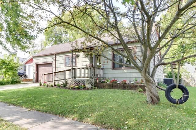 1503 S Madison Street, Bloomington, IL 61701 (MLS #10883836) :: Helen Oliveri Real Estate