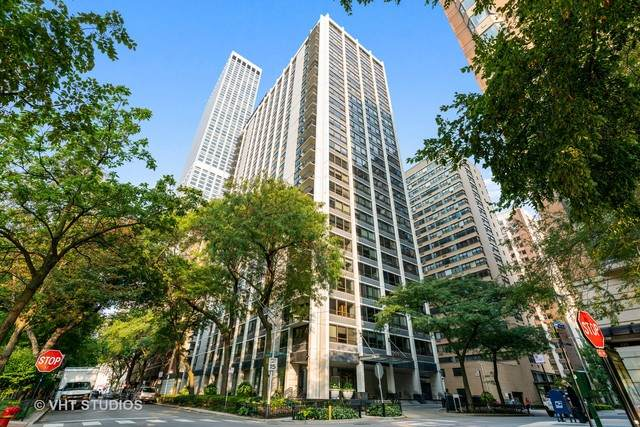 222 E Pearson Street #1701, Chicago, IL 60611 (MLS #10889681) :: The Wexler Group at Keller Williams Preferred Realty