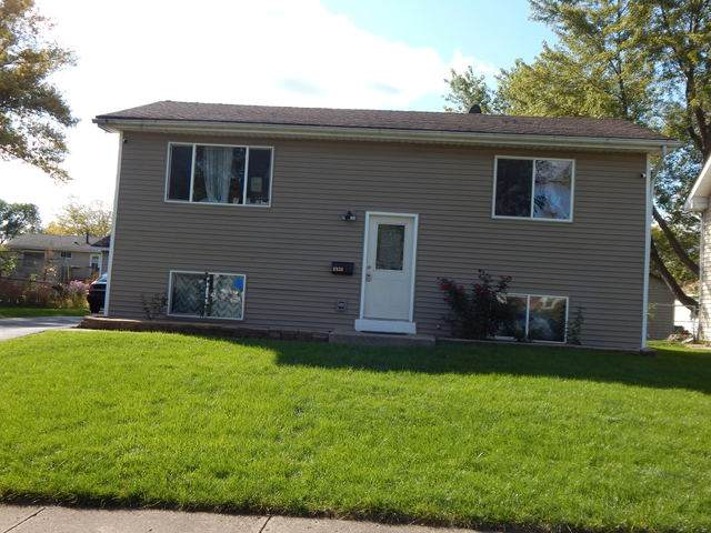 6934 Hemlock Street, Hanover Park, IL 60133 (MLS #10890171) :: Lewke Partners