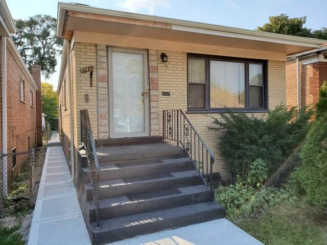 1239 E 95th Street, Chicago, IL 60619 (MLS #10895481) :: Littlefield Group
