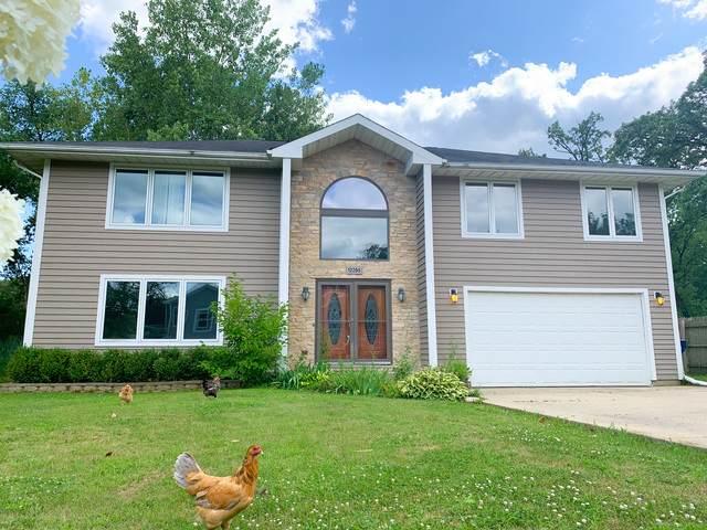520 Quassey Avenue, Lake Bluff, IL 60044 (MLS #10910188) :: Lewke Partners