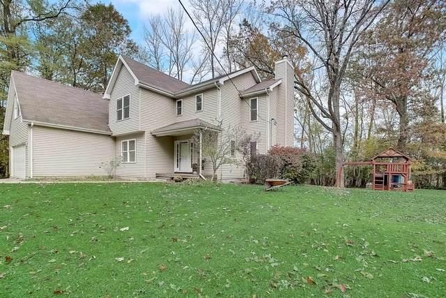 818 Wright Avenue, Mchenry, IL 60051 (MLS #10912410) :: Ani Real Estate