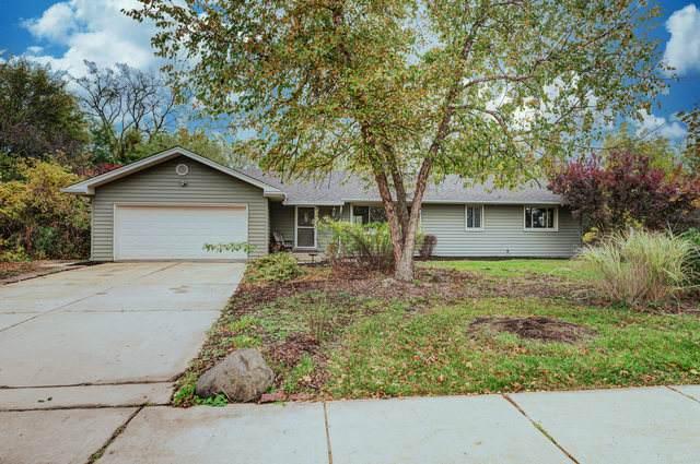2N711 Swift Road, Lombard, IL 60148 (MLS #10912980) :: Helen Oliveri Real Estate
