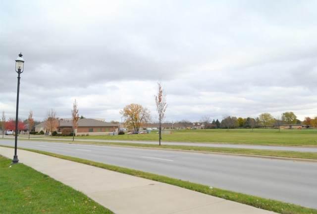 402 Brown Boulevard - Photo 1
