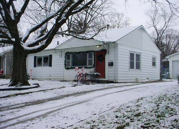 1202 Grant Place - Photo 1
