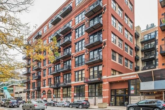 226 N Clinton Street #424, Chicago, IL 60661 (MLS #10974377) :: Helen Oliveri Real Estate