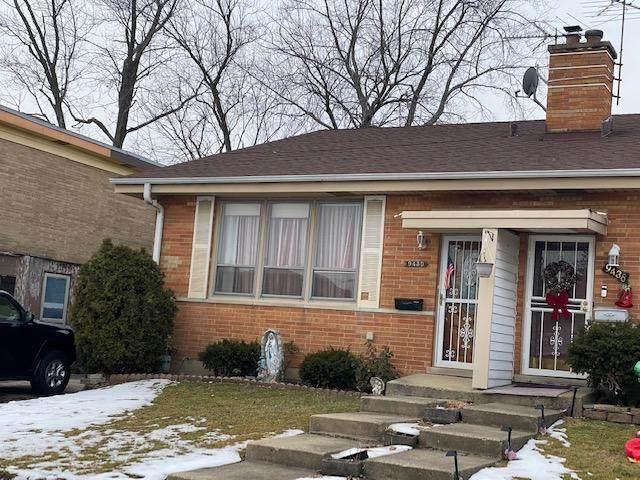 9430 N Parkside Drive, Des Plaines, IL 60016 (MLS #10974635) :: Jacqui Miller Homes