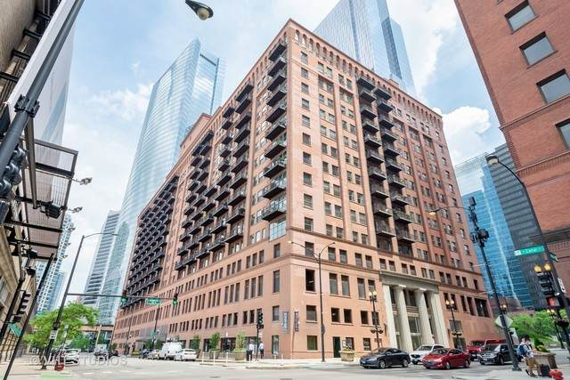 165 N Canal Street #1403, Chicago, IL 60606 (MLS #10990265) :: The Spaniak Team