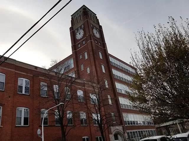 1801 Larchmont Avenue - Photo 1
