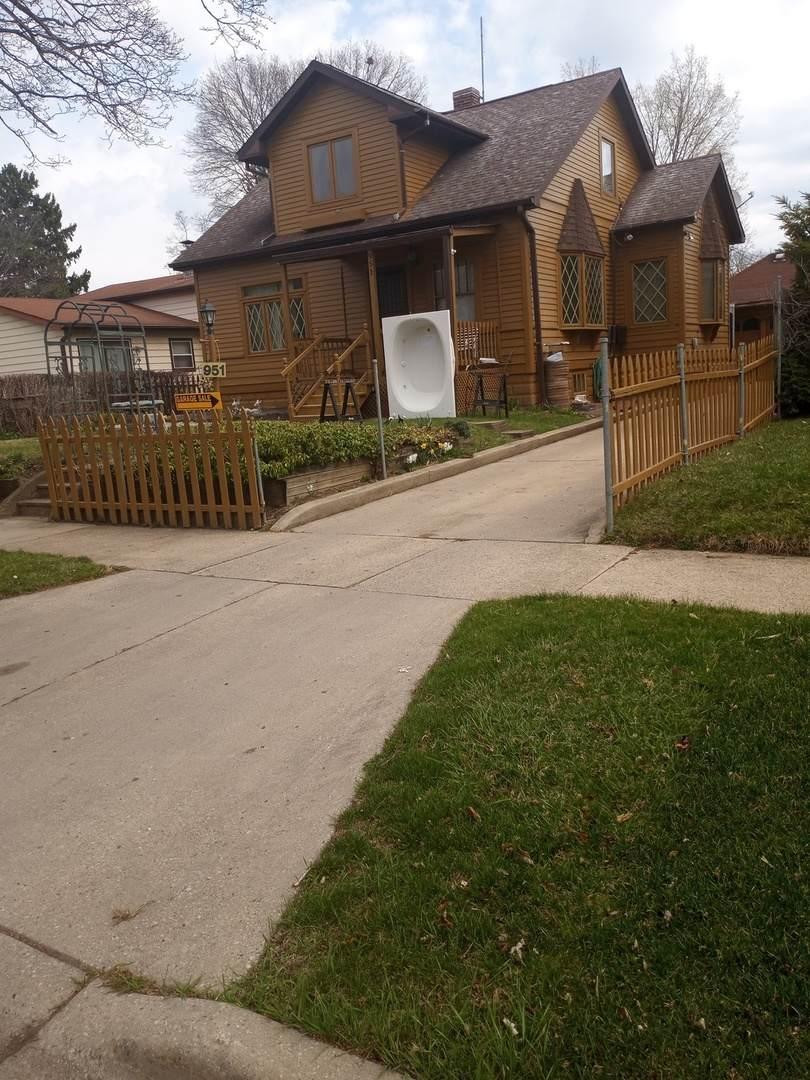 951 Muirfield Avenue - Photo 1