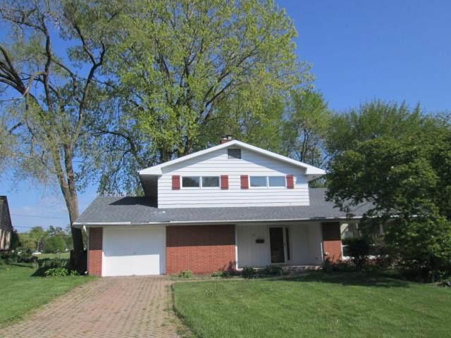 218 Briar Lane, North Aurora, IL 60542 (MLS #11081970) :: Helen Oliveri Real Estate