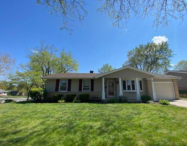 95 E Shelley Road, Elk Grove Village, IL 60007 (MLS #11082431) :: Helen Oliveri Real Estate
