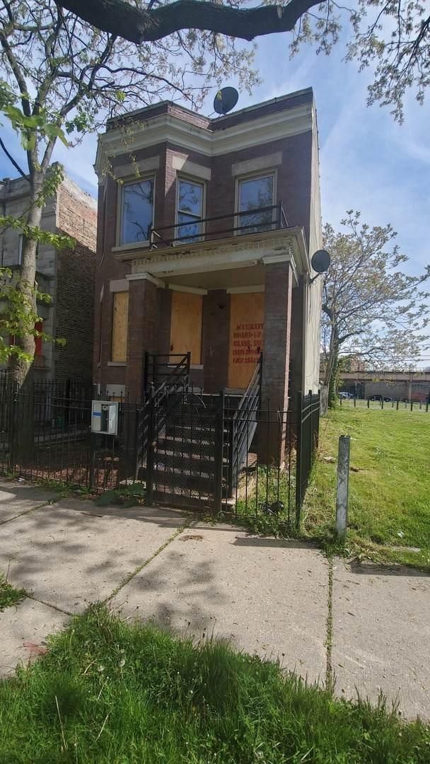 3351 W Walnut Street, Chicago, IL 60624 (MLS #11083365) :: Helen Oliveri Real Estate