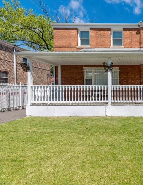 2144 E 97th Street, Chicago, IL 60617 (MLS #11089048) :: BN Homes Group