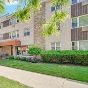 426 Lombard Avenue - Photo 1