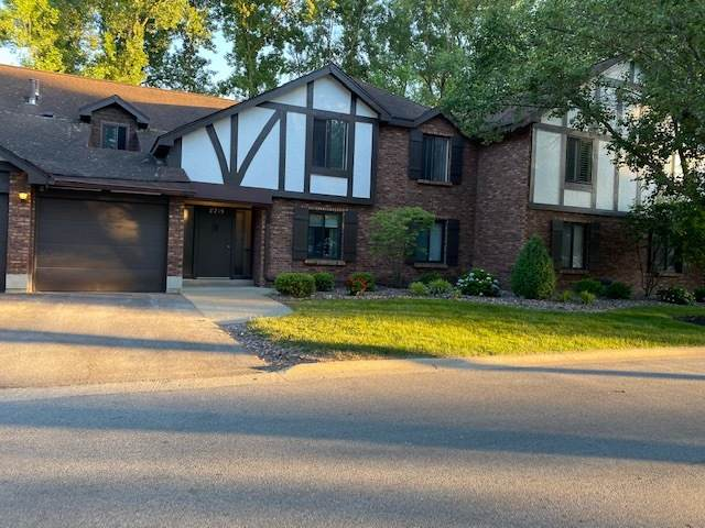 8215 Willow Drive 46D, Palos Hills, IL 60465 (MLS #11148092) :: The Wexler Group at Keller Williams Preferred Realty