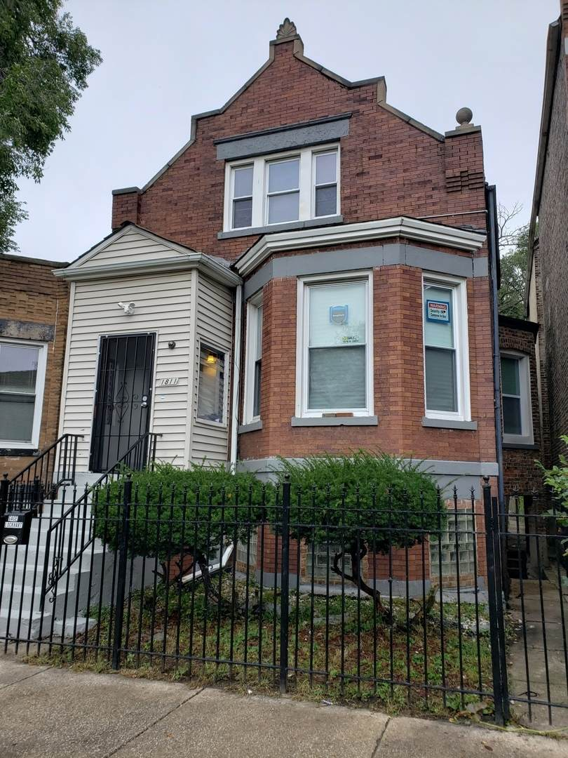 1811 Harding Avenue - Photo 1