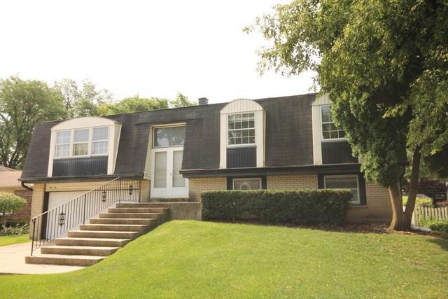 65 Downing Road, Buffalo Grove, IL 60089 (MLS #09696777) :: Lewke Partners