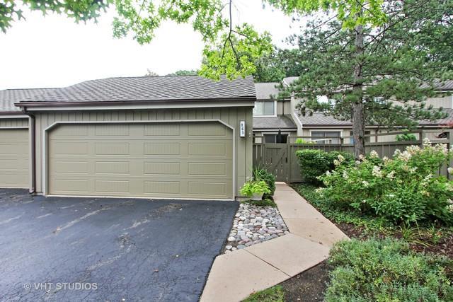 865 W Oak Hill Road, Lake Barrington, IL 60010 (MLS #09726143) :: The Jacobs Group
