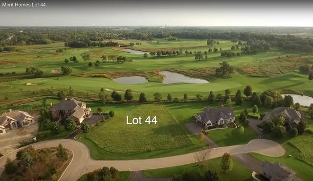 6586 Persimmon Way, Libertyville, IL 60048 (MLS #09816905) :: Helen Oliveri Real Estate