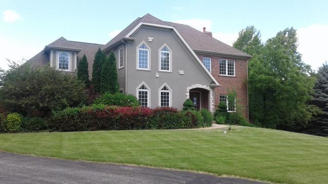 16 Fawn Ridge Drive, Oakwood Hills, IL 60013 (MLS #09845366) :: Lewke Partners