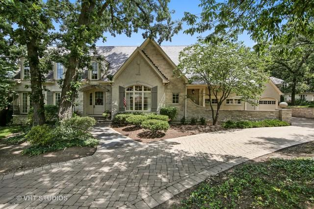 707 Midwest Club Parkway, Oak Brook, IL 60523 (MLS #09902919) :: The Jacobs Group