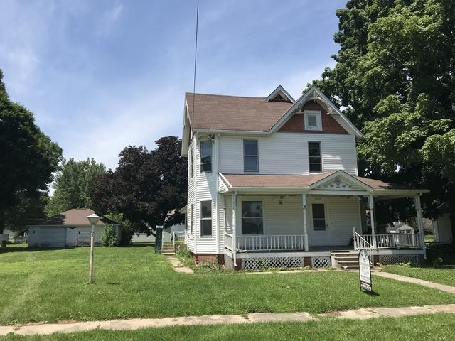 335 N Arch Street, Tiskilwa, IL 61368 (MLS #09917615) :: The Jacobs Group