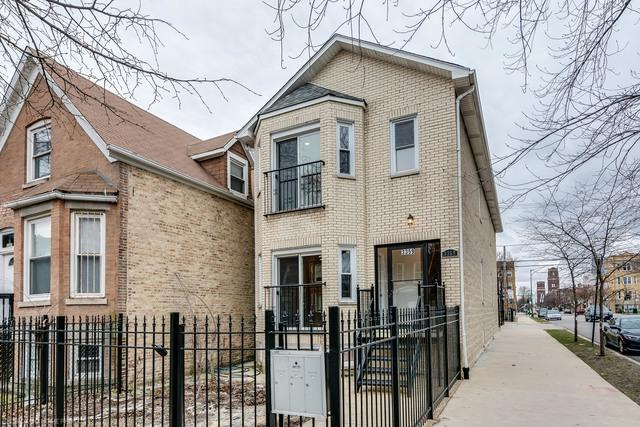 3359 W Beach Avenue, Chicago, IL 60651 (MLS #09918454) :: Property Consultants Realty