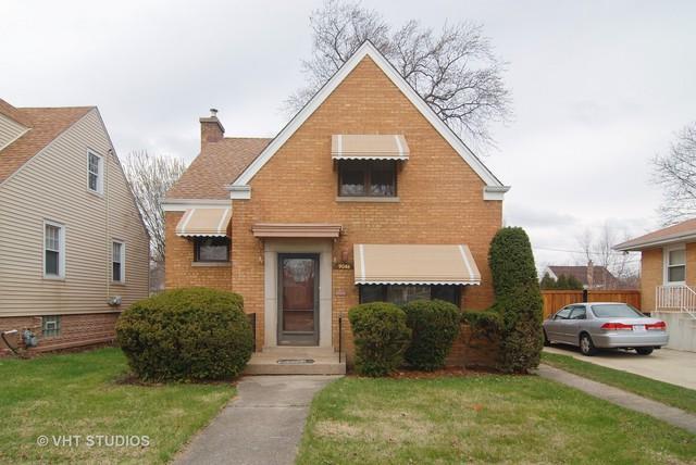 9046 29th Street, Brookfield, IL 60513 (MLS #09923166) :: Lewke Partners
