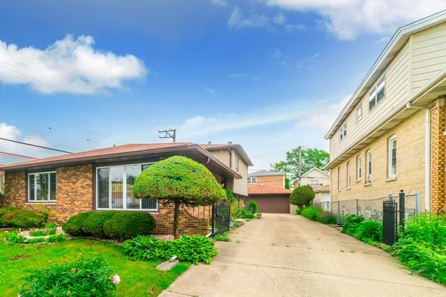 7217 W 58th Street, Summit, IL 60501 (MLS #09978820) :: Ani Real Estate