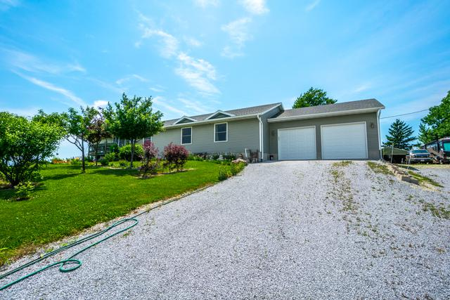 3057 N 2400 East Road, Beaverville, IL 60912 (MLS #09981848) :: Baz Realty Network | Keller Williams Preferred Realty