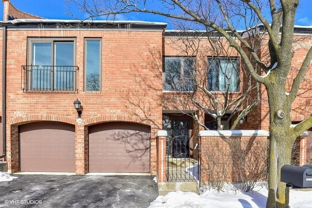 19W246 Gloucester Way N, Oak Brook, IL 60523 (MLS #09996597) :: Baz Realty Network | Keller Williams Preferred Realty