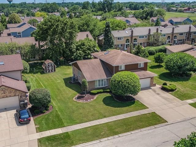 11409 Brook Hill Drive, Orland Park, IL 60467 (MLS #10018547) :: Baz Realty Network | Keller Williams Preferred Realty