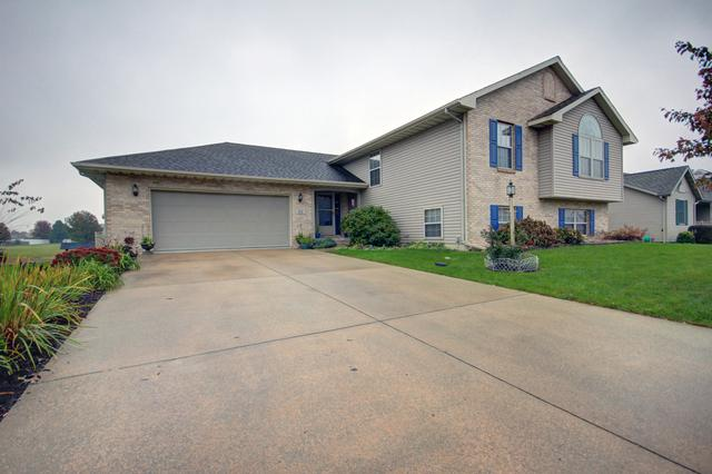 512 Chestnut Drive, ST. JOSEPH, IL 61873 (MLS #10091891) :: Ryan Dallas Real Estate