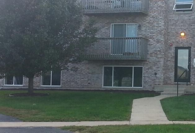 565 N Strack Street #101, Cortland, IL 60112 (MLS #10097574) :: The Dena Furlow Team - Keller Williams Realty