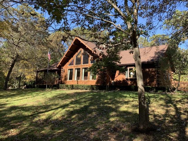 13200 Blackhawk Road, Prophetstown, IL 61277 (MLS #10112448) :: Ani Real Estate