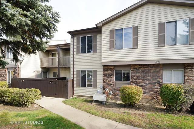2 Fernwood Drive P, Bolingbrook, IL 60440 (MLS #10123960) :: Baz Realty Network | Keller Williams Preferred Realty