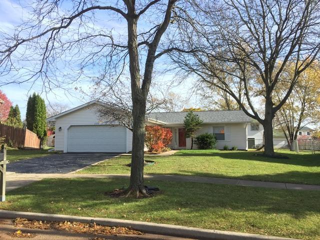 1775 Shorewood Drive, Hoffman Estates, IL 60192 (MLS #10127649) :: Baz Realty Network | Keller Williams Preferred Realty