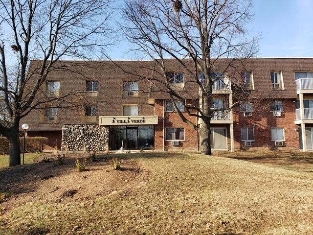 5 Villa Verde Drive #305, Buffalo Grove, IL 60089 (MLS #10153154) :: Helen Oliveri Real Estate