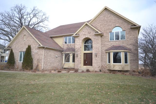 40W490 Stonecrest Drive, Elgin, IL 60124 (MLS #10169975) :: The Wexler Group at Keller Williams Preferred Realty