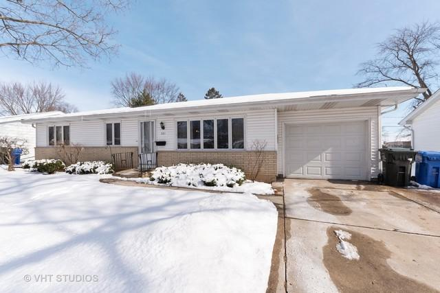 201 Carla Drive, South Elgin, IL 60177 (MLS #10272854) :: The Mattz Mega Group
