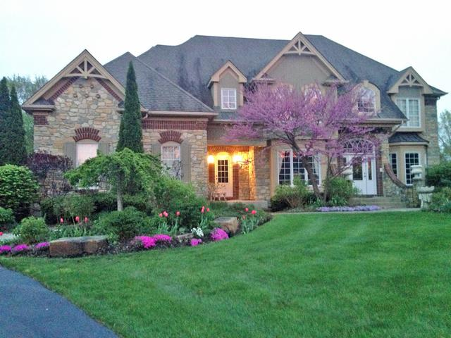 7N855 Columbine W Drive, St. Charles, IL 60175 (MLS #10290468) :: Berkshire Hathaway HomeServices Snyder Real Estate