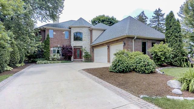 554 Earl Drive, Northfield, IL 60093 (MLS #10296298) :: The Dena Furlow Team - Keller Williams Realty