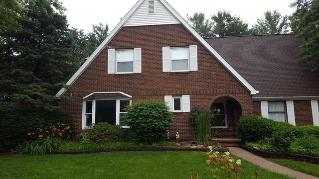 3802 Deerfield Drive, Champaign, IL 61822 (MLS #10302051) :: Ryan Dallas Real Estate