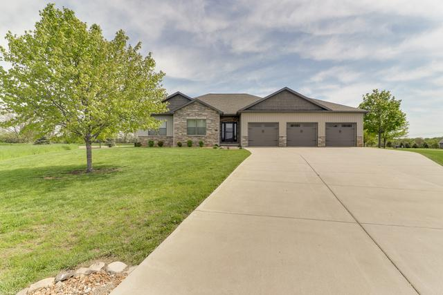 33 Cross Creek Court, Downs, IL 61736 (MLS #10302150) :: Berkshire Hathaway HomeServices Snyder Real Estate