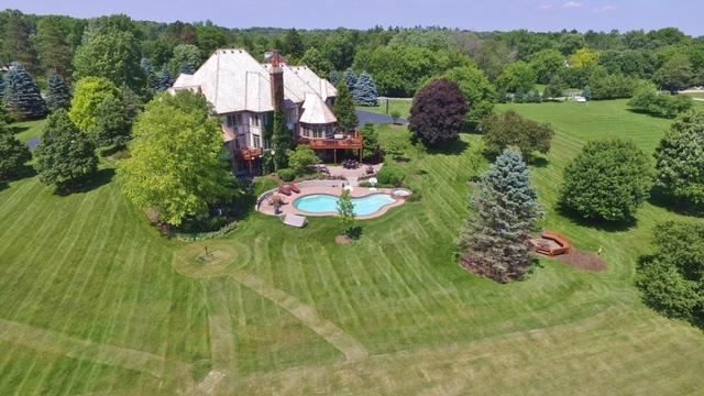 18 Ridge Road, Barrington, IL 60010 (MLS #10374096) :: Berkshire Hathaway HomeServices Snyder Real Estate