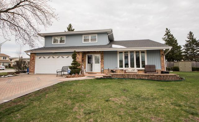 1825 W Holtz Avenue, Addison, IL 60101 (MLS #10374119) :: Angela Walker Homes Real Estate Group