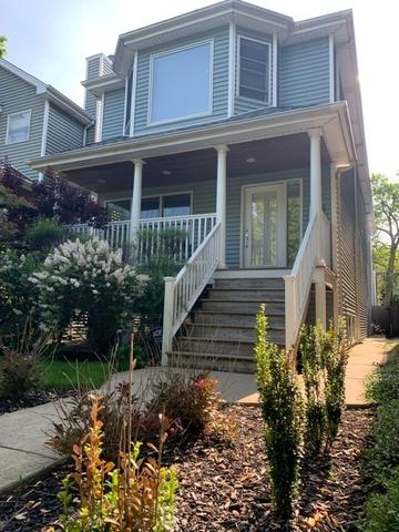 3902 N Oakley Avenue, Chicago, IL 60618 (MLS #10385406) :: Berkshire Hathaway HomeServices Snyder Real Estate