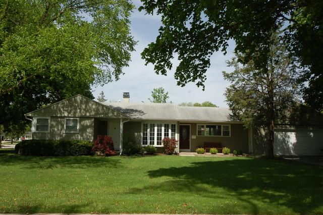 2704 Park Street, Rolling Meadows, IL 60008 (MLS #10388100) :: Berkshire Hathaway HomeServices Snyder Real Estate