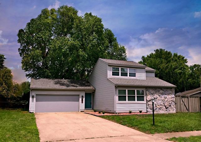710 Ashton Lane N, Champaign, IL 61820 (MLS #10390837) :: Berkshire Hathaway HomeServices Snyder Real Estate